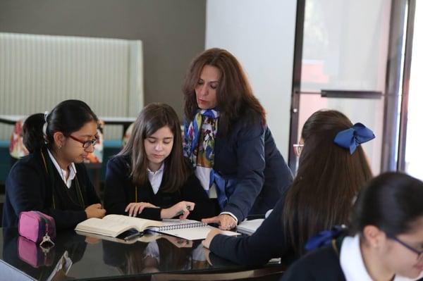 donde-estudiar-la-prepa-mejores-colegios-san-luis-potosi