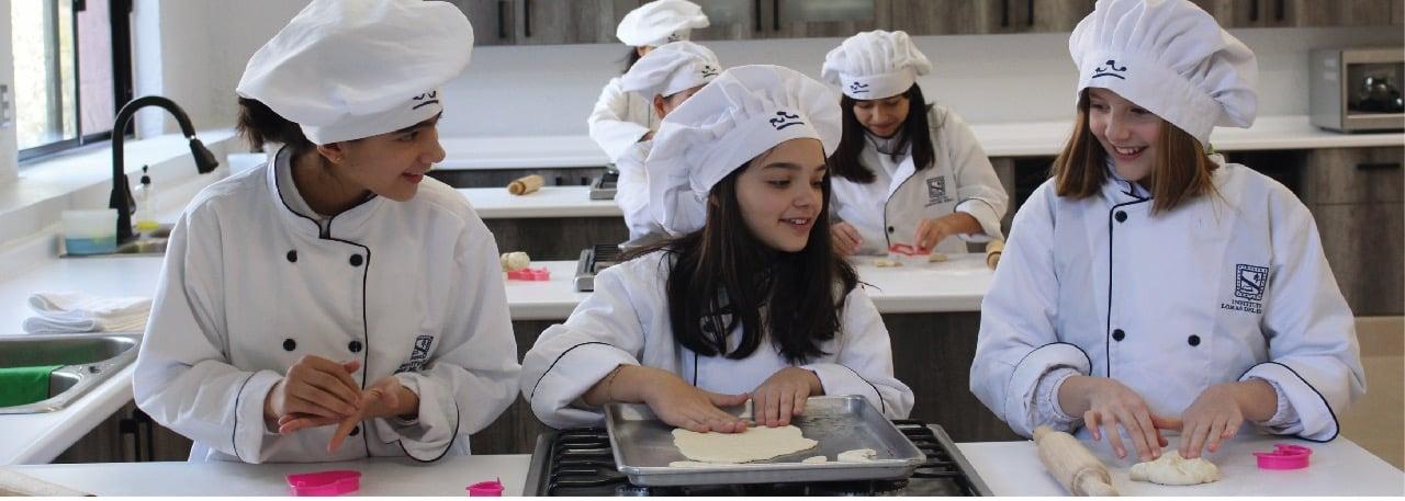colegio-femenil-niñas-aprendan-cocinar